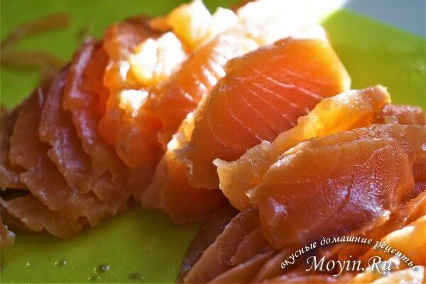 Как засолить красную рыбу (лосось, форель, семга) быстро и вкусно: простые пошаговые рецепты